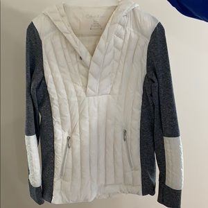 Calvin Klein quilted pull over. LIKE NEW.